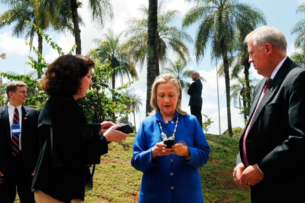 Hillary Rodham Clinton, Thomas Shannon, Roberta S. Jacobson