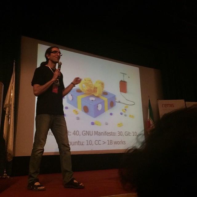 جشن و همایش نرم افزارهای آزاد و اوبونتوی ۱۵.۰۴